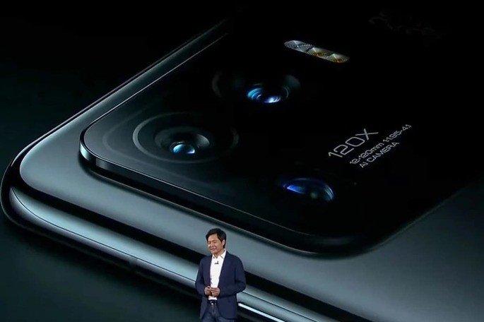 Lei Jun, CEO da Xiaomi, durante a apresentação do Mi 11 Ultra