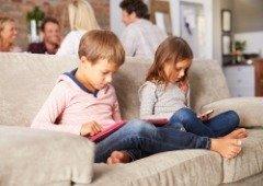 Apple: iOS 13 volta a receber atualização com controlos parentais