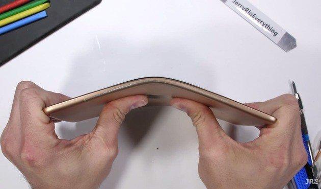 Apple iPad Mini não se aguenta