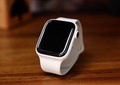 Apple promete reparação gratuita aos Apple Watch com problemas no carregamento
