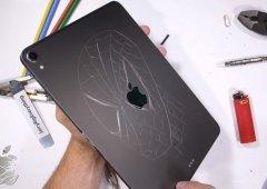 Apple iPad Pro dobra que nem manteiga e falha no Bendtest