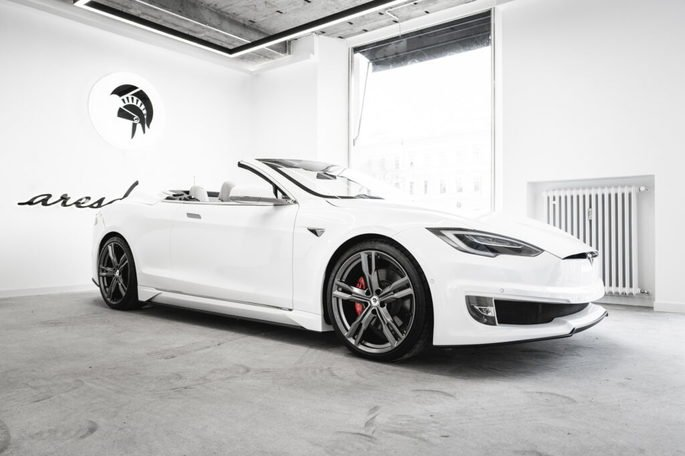Tesla Model S Ares Design