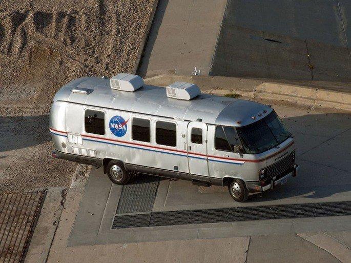 Astrovan astronautas NASA