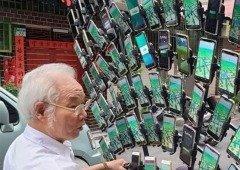 Avô Pokémon GO 'evolui' e coloca 64 smartphones na sua bicicleta