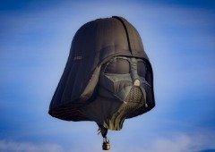 Balão de ar quente do Darth Vader 'invade' os ares da Inglaterra