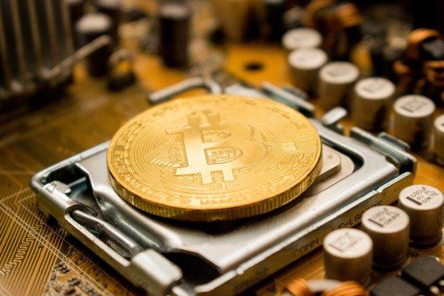 Bitcoin e outras criptomoedas começam a ver pequenas (mas importantes) subidas