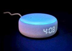"""Black Friday: compra uma """"Alexa"""" (Echo Dot da Amazon) com um preço fantástico!"""