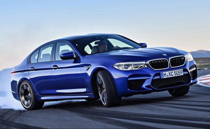 BMW M5 tesla