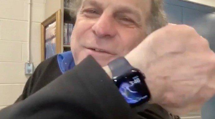 William Rogers salvou-se graças ao Apple Watch