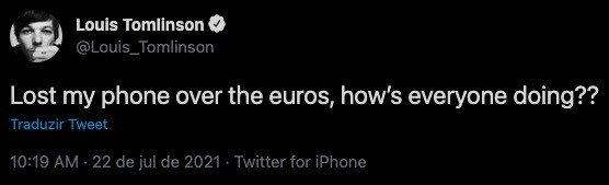 Louis Tomlinson tweetou através de um iPhone, embora tenha parceria com a Samsung