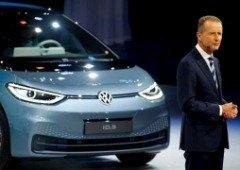 """CEO da Volkswagen declara """"corrida aberta"""" à Tesla"""