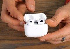 Clone dos AirPods 3 dão-nos uma visão fiel aos novos auriculares da Apple (vídeo)