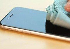Como desinfetar o telemóvel, tablet ou computador. As recomendações de Apple e Samsung
