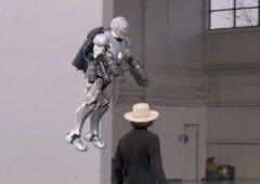 Conhece o verdadeiro fato do Iron Man. Até consegue voar! (vídeo)