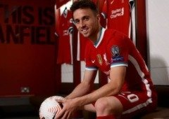 Diogo Jota: futebolista do Liverpool chega a Nº1 do mundo no FIFA 21