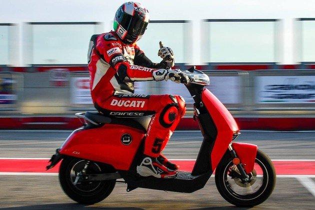 Ducati Scooter Elétrica Vmoto