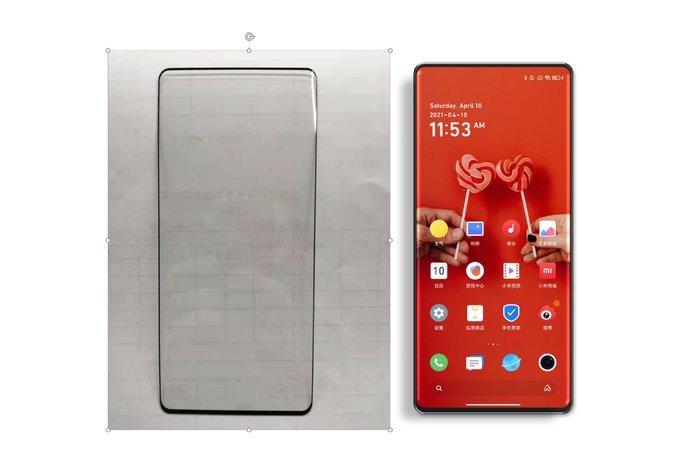 Imagem do painel frontal do Xiaomi Mi MIX 4 (esq.) ao lado da renderizão não oficial do smartphone (dir.). Crédito: Ice Universe
