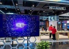 Ecrã 'inteligente' da Huawei de 65 polegadas aparece em imagens