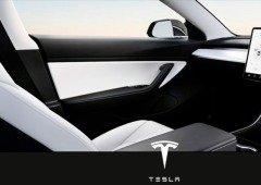 Elon Musk apresenta Tesla sem volante, previsto para 2021