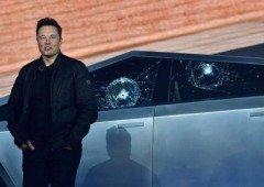 Elon Musk explica a razão das janelas partirem na apresentação do Tesla Cybertruck