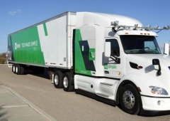 Empresa de entregas UPS utiliza camiões com piloto automático