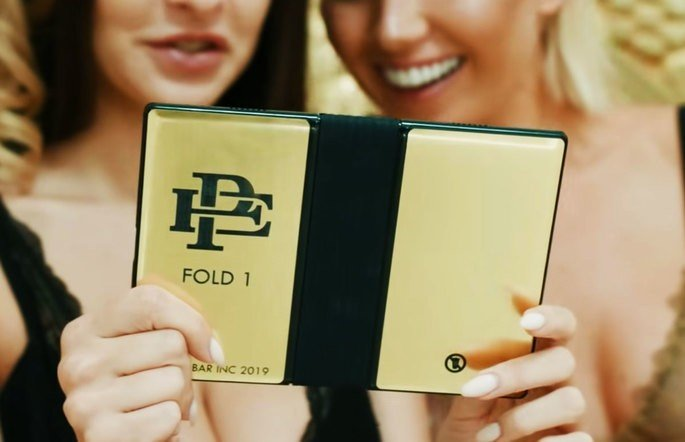 Escobar Fold 1 smartphone dobrável de Pablo Escobar