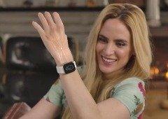 Esta é a bracelete que te permitirá usar o Apple Watch sem lhe tocares
