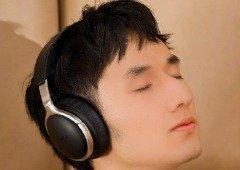 Estes headphones têm cancelamento de ruído da Sony por preço impressionante
