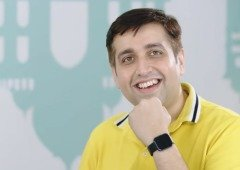 Executivo da Realme mostra ao mundo o primeiro smartwatch da marca