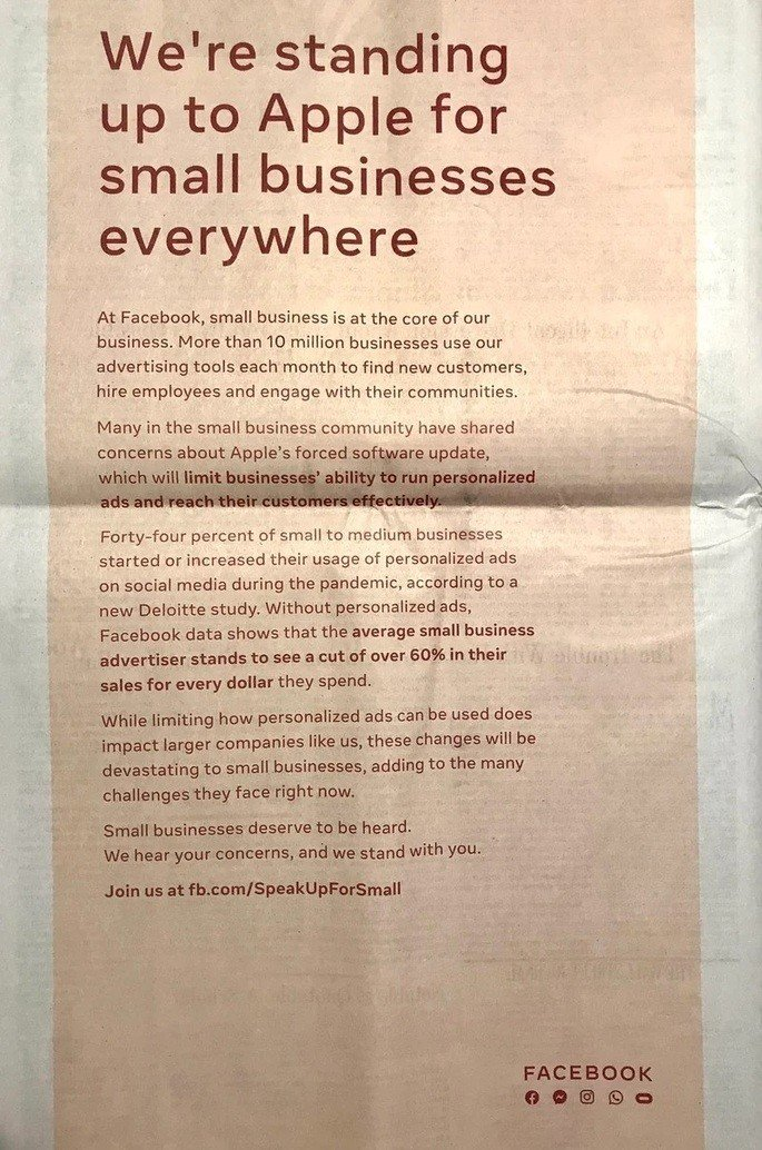 Publicidade do Facebook contra a Apple num jornal