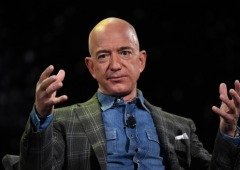 Facebook culpa Apple pelo hack no iPhone de Jeff Bezos. Entende a situação