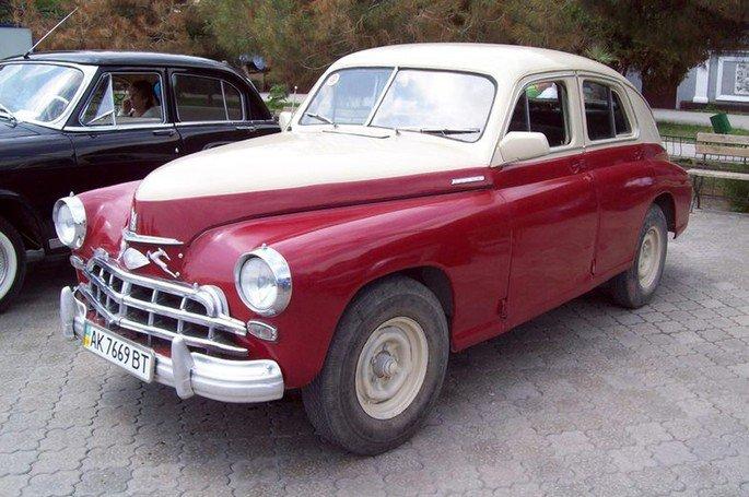 Condutora comparou o Tesla Model S ao Gaz-m20 de 1950