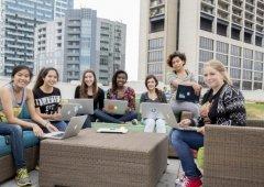 Girls Who Code: A organização que está a mudar a imagem da tecnologia