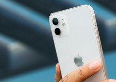 Homem pesca iPhone 12 Pro graças ao sistema MagSafe da Apple