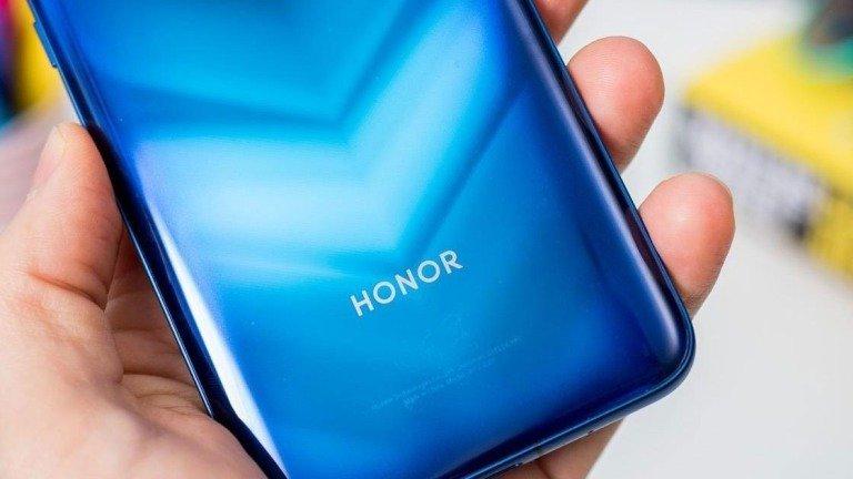 Honor dá mais um passo na separação da Huawei