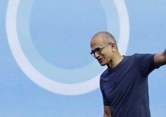 Acionistas da Microsoft questionam a estratégia de Nadella para o setor Mobile