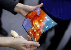 Huawei Mate X aparece à venda em site chinês. Lançamento é adiado para setembro