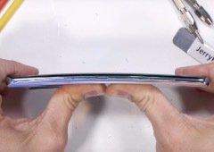 Huawei P30 Pro passa com distinção em teste de resistência (vídeo)