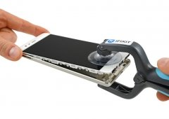 Huawei P9 desmontado passo-a-passo: elegante até no interior