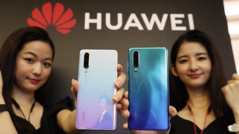 Huawei pode ser a primeira fabricante a lançar smartphone com câmara debaixo do ecrã!