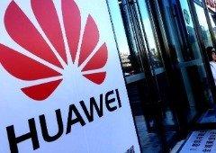 """Huawei """"rema contra a maré"""" e regista crescimento anual saudável"""