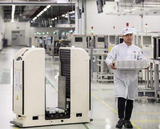 Huawei linha de produção