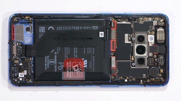 OnePlus 7T desmontagem