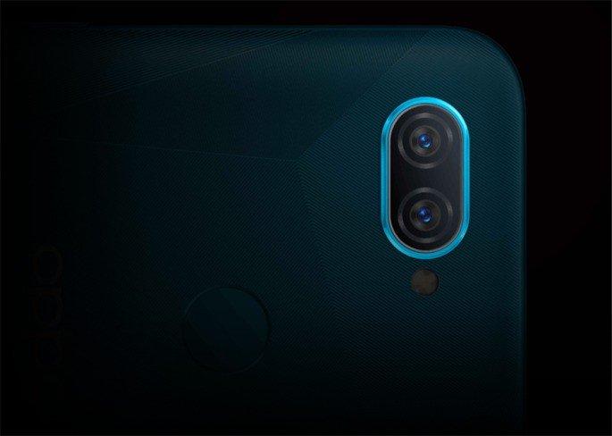 OPPO A12 cameras