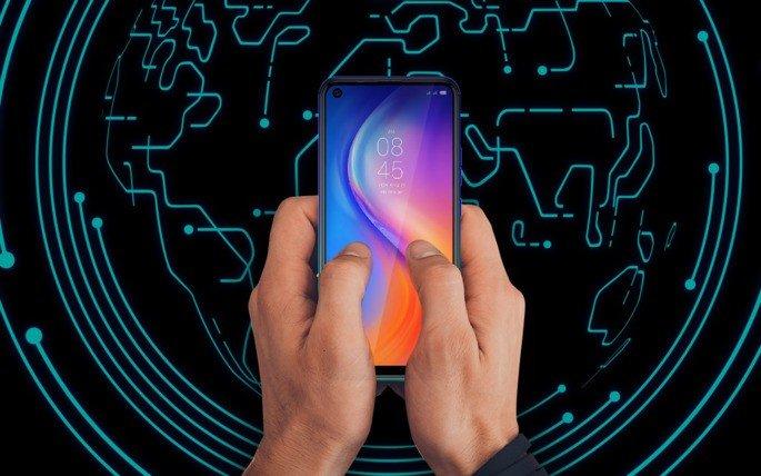 Tecno Spark 5 smartphone budget
