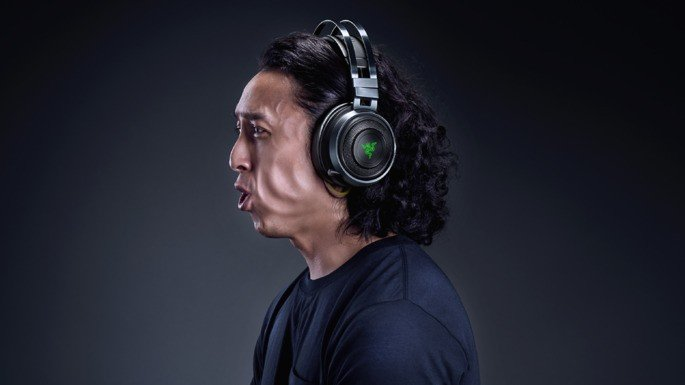 Razer Nari Ultimate headphones