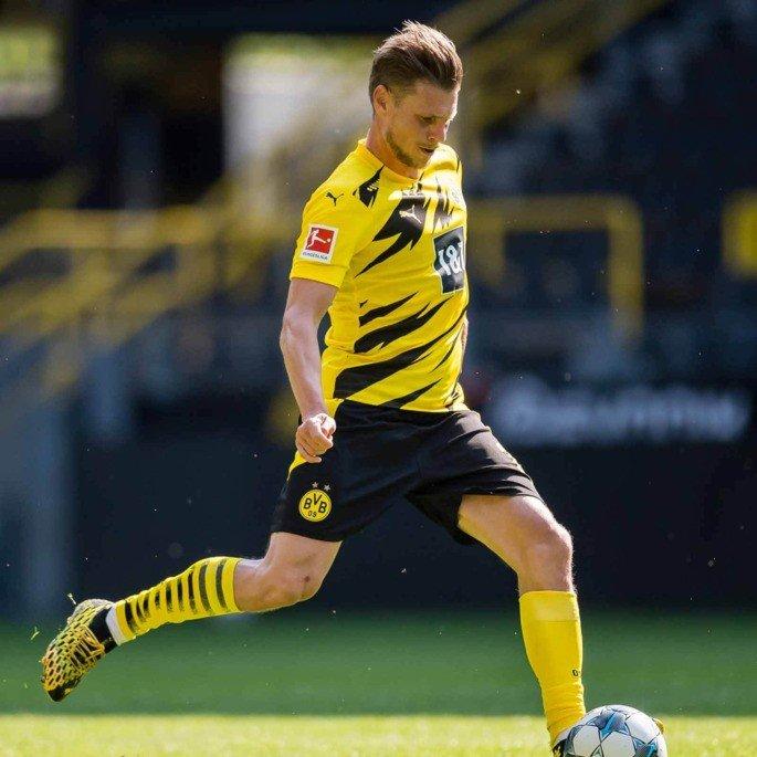 Equipamento Dortmund