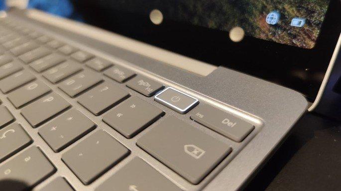 Surface Laptop Go leitor de impressão digital