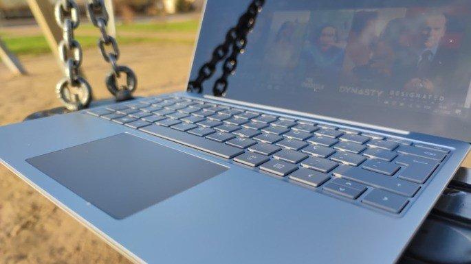 Microsoft Surface Laptop Go teclado