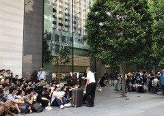 iPhone 11: pessoas estão a fazer fila por todo o mundo à espera dos novos telemóveis!
